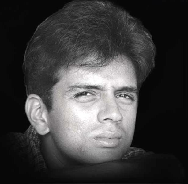 http://www.nilacharal.com/enter/celeb/images/dravid3.jpg