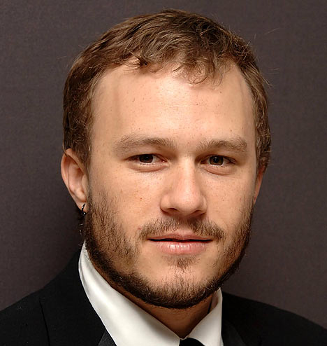http://www.nilacharal.com/enter/celeb/images/heathLedger.jpg