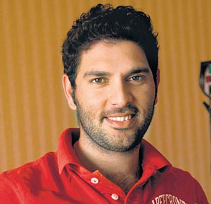 The 35-year old son of father Yograj Singh and mother Shabnam Singh, 182 cm tall Yuvraj Singh in 2017 photo